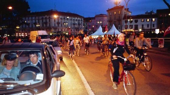 Milano, parcheggi per bici custoditi e gratuiti per vivere la movida in sicurezza