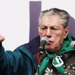 """Bergamo, diede del """"terùn"""" a Napolitano: la Procura chiede un anno e mezzo per Bossi"""