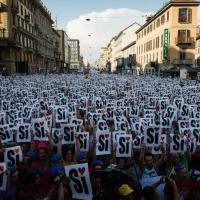 Milano Pride, 100mila in piazza per chiedere diritti uguali per tutti