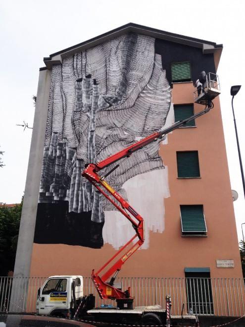 Milano, il Comune 'arruola' nove street artist e trasforma l'hangar in galleria