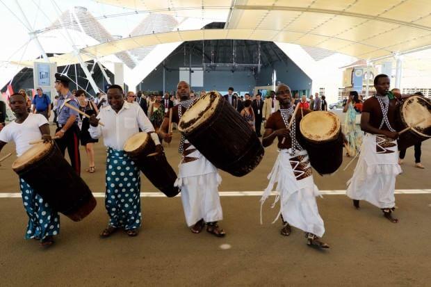 Expo, danze tradizionali al ritmo dei tamburi nel National Day del Rwanda