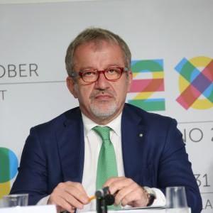 """E' già lite sul post Expo, scintille Maroni-Sala. M5s: """"Il presidente riferisca in Regione"""""""