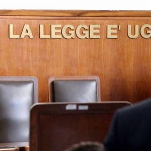"""Amianto a Milano, """"fu omicidio colposo"""": condanne fino a 7 anni per 11 ex manager Pirelli"""