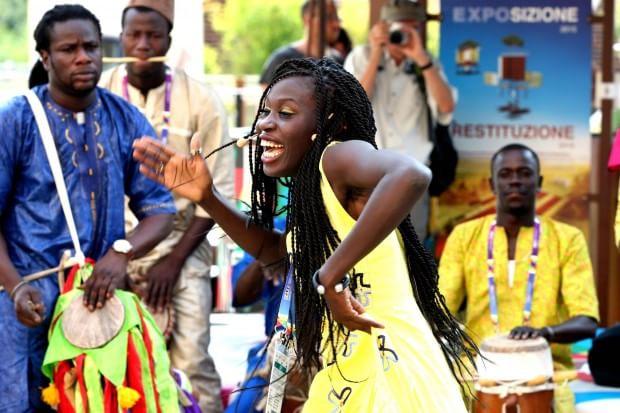 Danze e tamburi trascinanti, il Senegal conquista Expo