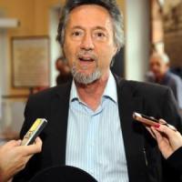 Brescia, false cure per la Sla: il medico Marino Andolina torna in libertà. Revocati i...