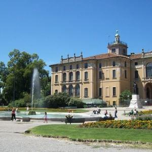 Milano festa dell 39 unit nei giardini storici di via for Via giardini milano