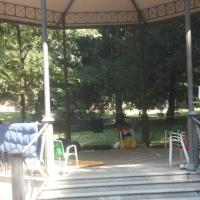 Milano, da gazebo a dormitorio: degrado ai Giardini Pubblici