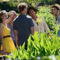 Pierre e Beatrice, la festa continua con il party in piscina