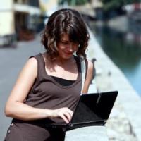 Milano, wi-fi gratis alla Darsena e nei mercati rionali: venti nuovi hot-spot da settembre