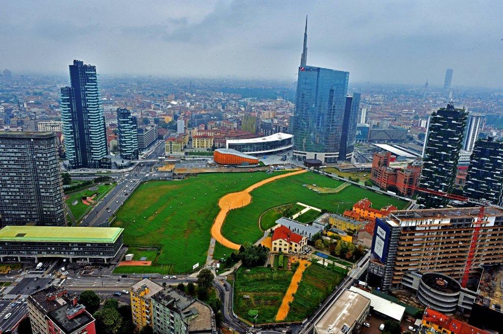 35 piani sopra milano tra grattacieli e fazzoletti di for I nuovi grattacieli di milano