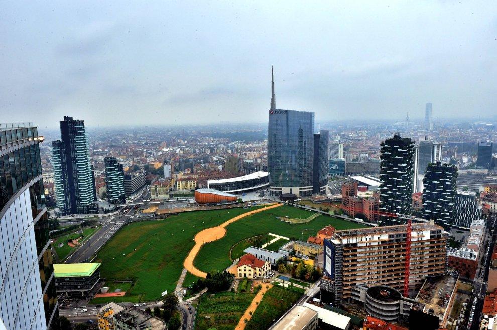 35 piani sopra milano tra grattacieli e fazzoletti di for Piani di campagna inglese