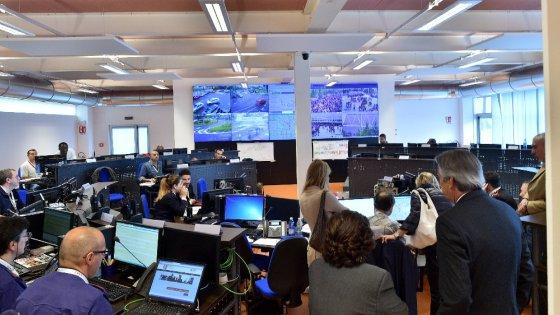 Milano mercati vie e incroci la giunta accende trecento for Mercati oggi a milano