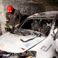 Como, tragedia al rally: due piloti muoiono carbonizzati nella loro auto
