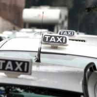 Milano, arrestato il rapinatore seriale terrore dei tassisti: 5 assalti negli ultimi 10 giorni