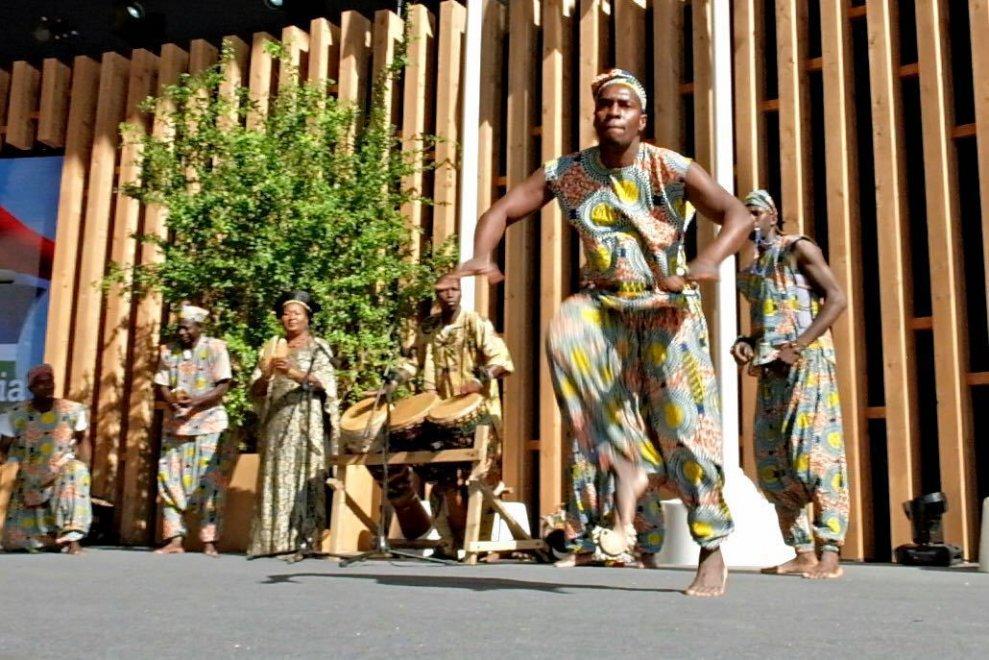 Expo, i cantastorie del Gambia per festeggiare il National day