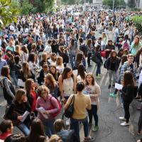 Milano, folla ai test di Medicina. E si prepara la protesta