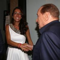 Milano, al compleanno della Ronzulli c'è anche Berlusconi