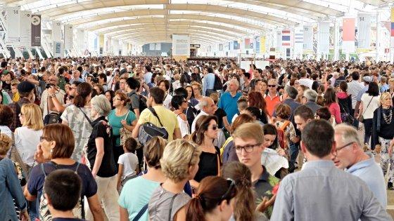 Expo, il tempo sta per scadere: nasce la leggenda metropolitana dei padiglioni aperti fino a Natale