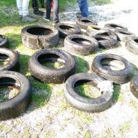 Lecco, 250 pneumatici in fondo al lago: in azione i sub 'spazzini'
