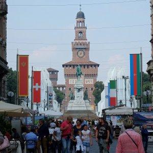 Expo, a Milano 435 volontari che parlano 29 lingue: l'età media è di 44 anni