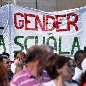"""Milano, rivolta per logo Expo su convegno anti-gender in Regione. """"E' simbolo dei diritti"""""""