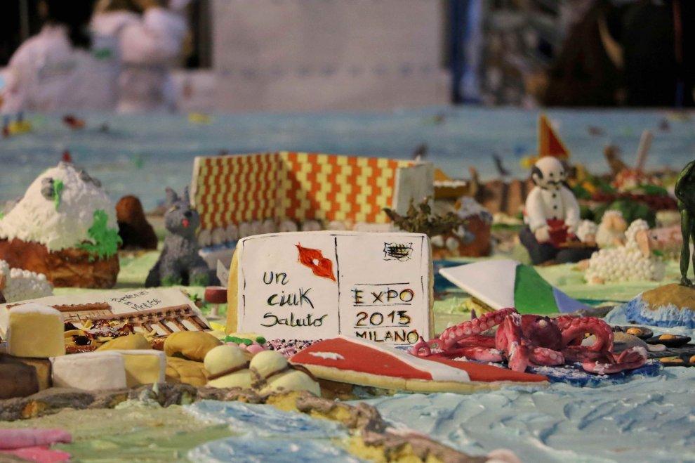 Cake Design Via De Amicis Milano : Cake design, la torta dell Italia formato maxi entra nel ...