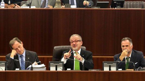 """Regione, tangenti sanità: arrestato il vicepresidente Mantovani. """"Pilotate anche gare sui dializzati"""""""