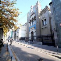 Ebreo accoltellato, i presidi dei militari a Milano