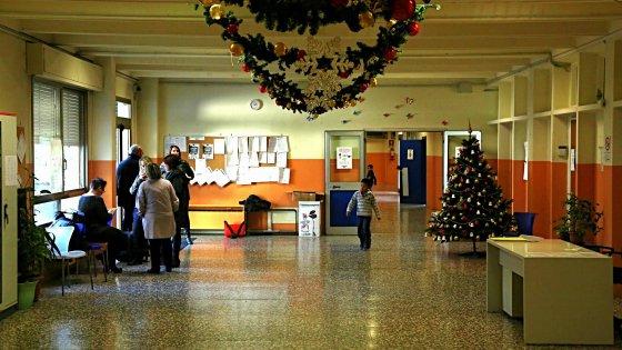 Rozzano, Natale laico a scuola dopo la strage di Parigi: niente saggio né crocifisso. Polemiche
