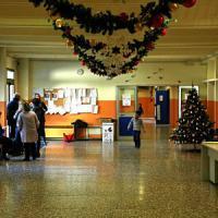 Rozzano, Natale laico a scuola dopo la strage di Parigi: niente saggio né crocifisso....
