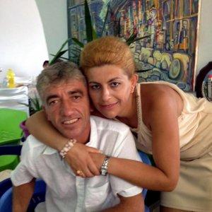Varese, uccide la moglie nel sonno con una coltellata al collo: nel letto anche il figlio di 3 anni