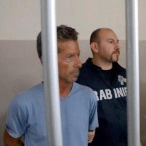 Caso Yara, Bossetti dal carcere scrive ai genitori della vittima. Rissa verbale in aula, udienza sospesa