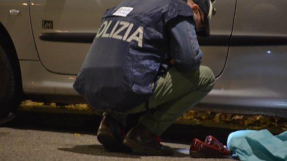 Milano, in moto senza patente uccide donna e chiede allo zio di assumersi colpa: arrestato