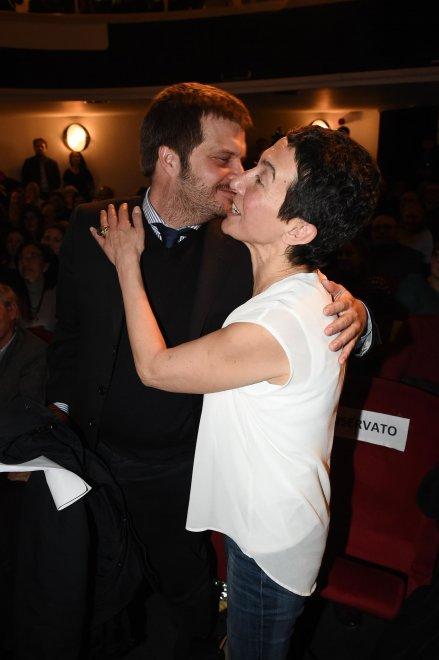 Milano, l'abbraccio tra Balzani e Majorino all'assemblea di Sel