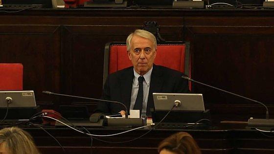 """Primarie Milano, Pisapia risoluto: """"Io elettore come gli altri. Ho diritto a dire la mia"""""""