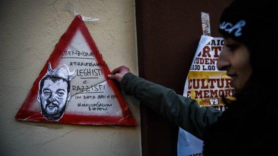 """Milano, blitz antagonista contro l'incontro Salvini-Le Pen. Parte la protesta """"No nazi in my town"""""""