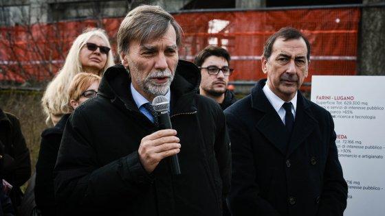 """Primarie Milano, il terzo ministro per Sala. Arriva l'endorsement di Delrio: """"Sarebbe un buon sindaco"""""""