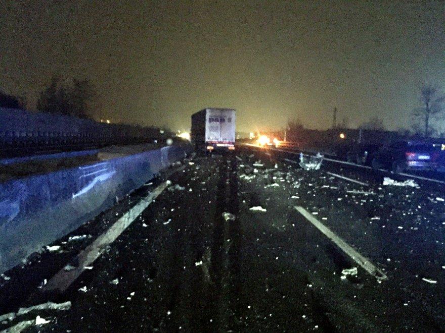 Brescia, uccide la moglie poi si schianta contromano in autostrada