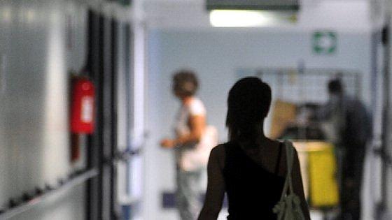 Bergamo, si allarga l'inchiesta sulle morti sospette in corsia: altri 10 indagati, tra medici e infermieri