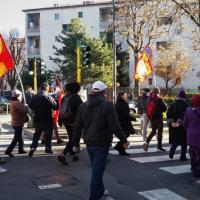 Milano, tensione in via Morgantini per lo sgombero: arriva la polizia in tenuta antisommossa
