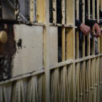 """Milano, 198 giorni a San Vittore in meno di tre metri: """"Trattamento inumano"""". Giudice..."""