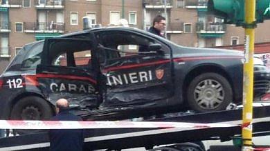 Schianto a sirene spiegate: grave  un carabiniere di 26 anni -    foto