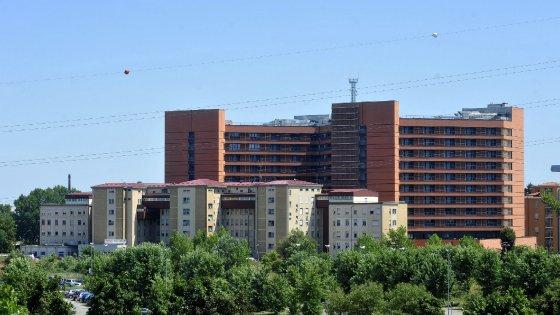Pavia, rubavano il cibo dalle cucine dell'ospedale: 13 dipendenti arrestati. Sono accusati di 222 furti