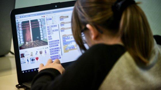 Milano, in quarta elementare si fa il coding: videogiochi e fiabe animate diventano materia