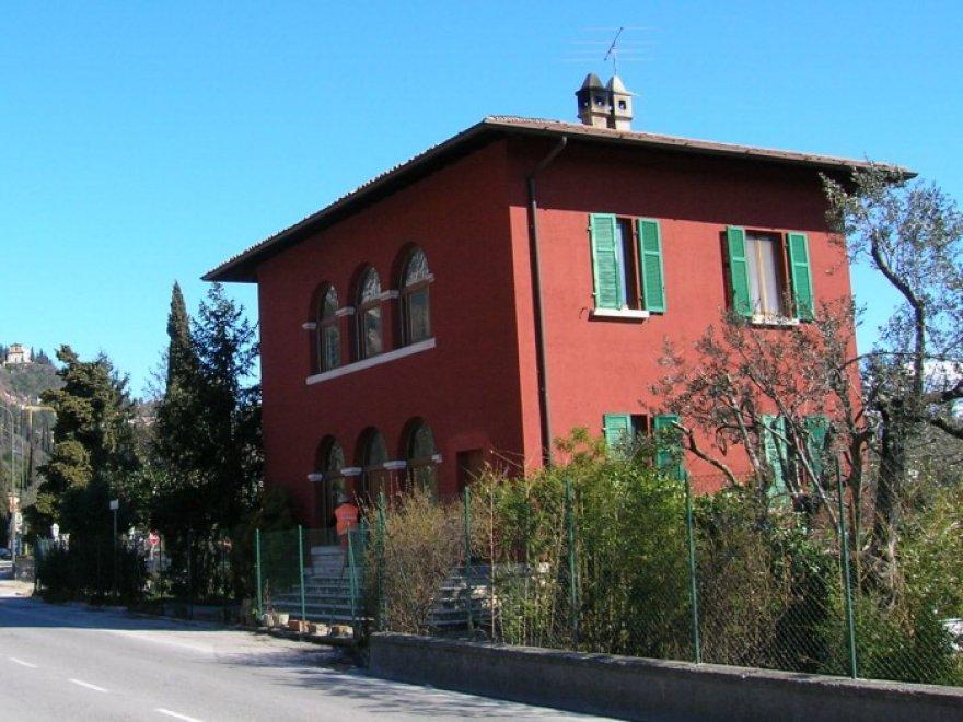 Lombardia nuova vita alle case cantoniere ecco le prime for Prime case in nuova inghilterra