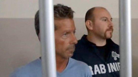 """Bossetti, una testimone in aula: """"L'ho visto in auto con Yara"""". La difesa: """"Non era lui"""""""