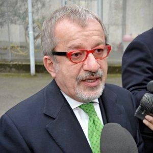 """""""Troppi appalti nella sanità lombarda"""", Maroni e l'allarme inascoltato di mr. Trasparenza"""