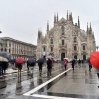 Maltempo, freddo e pioggia in tutta la Lombardia: a Milano Seveso e Lambro sorvegliati speciali