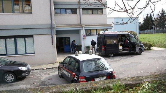 """Brescia, esplode pennarello: 69enne perde due dita. I carabinieri: """"C'era polvere pirica"""""""