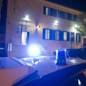 Pavia, uccide il figlio a colpi di pistola poi si consegna ai carabinieri: il delitto durante una lite